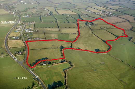 The 62ac holding is located 2km from Kilcock and 8km from Maynooth