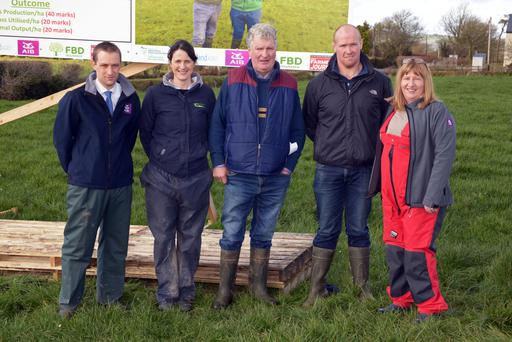 Melvin Beamish AIB; Grainne Healy, Teagasc; Dan and Timmy Crowley and Catherine Arundel AIB Bantry pictured at the farm walk on the Crowley holding at Carey's Cross, Bandon, Co Cork. Photo: Denis Boyle