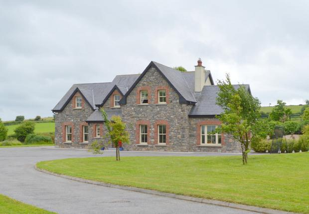 Built it in 2007 the house comes with extensive equestrian facilities