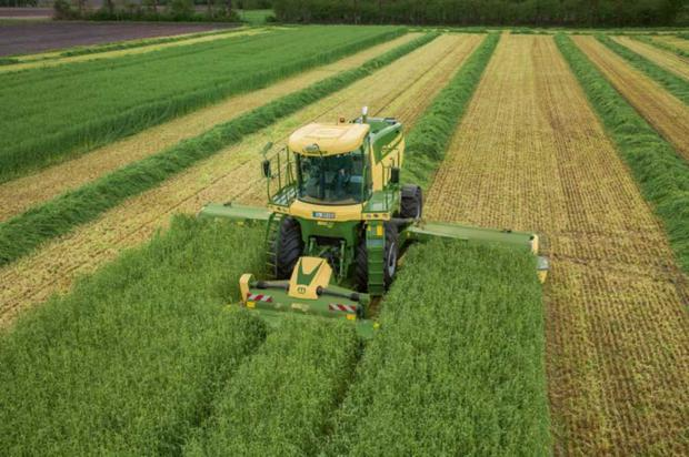 The new Krone Big M-450 is powered by 450hp Liebherr engine and has a 9.95 cutting width