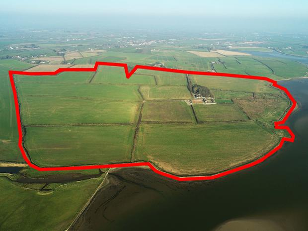 Extending to 112ac, the lands have been fallow for the last year