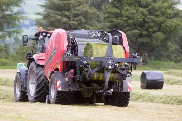 Alan McGrath is in his second season with the Kverneland FastBale combo (pictured) and has clocked up 12,000 bales on it so far. The FastBale's wrapping system features twin satellite arms rotating in a vertical direction