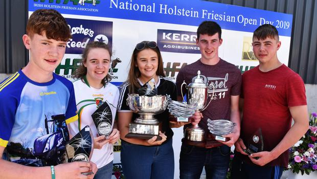 Stephen Laffey, Aoibhinn Screene, Sarah Grady, Michael Healy, and Donal Coppinger (all from Menlough, Co Galway) with their awards in the stockjudging.
