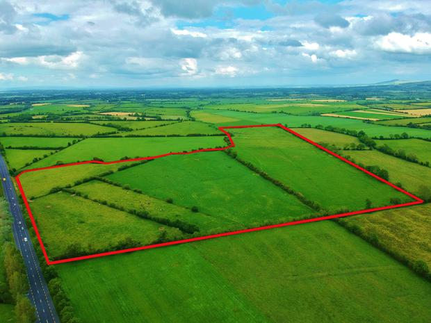 A 60ac parcel of grazing ground in nearby Reens is included in the sale which has a guide price of €800,000
