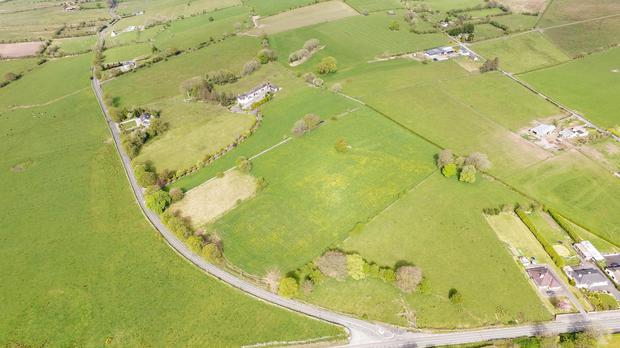 The Hermitage at Lisnageeragh, Ballymoe is set on 16ac