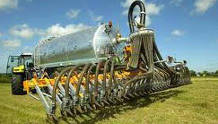 While €23m has been paid to 1,129 farmers to purchase slurry machinery under TAMS II, Teagasc research shows just 3pc of slurry is being spread through LESS systems