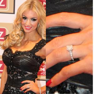 Rosanna and Wesley got engaged over Christmas last year while on holiday in Mauritius. Wesley got down on one knee after a walk on the beach. The ring, which is a big square solitaire on a band of diamonds is reportedly worth €40,000.