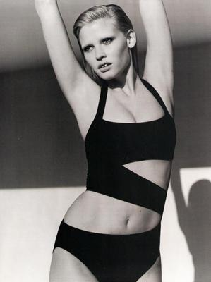 Lara Stone is a fashion superstar, but in mainstream media, she's better known as Mrs David Walliams. The Dutch born blonde is Calvin Klein's golden girl - she was the first model to simaltaneously appear in ads for Calvin Klein Jeans, ck Calvin Klein  and Calvin Klein Collection.