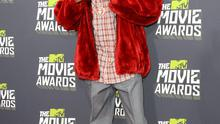 CULVER CITY, CA - APRIL 14:  Snoop Dogg arrives at the 2013 MTV Movie Awards at Sony Pictures Studios on April 14, 2013 in Culver City, California.