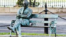 The Patrick Kavanagh statue on the Grand Canal