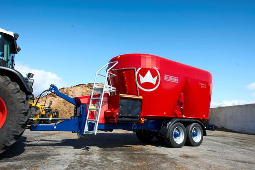 Kverneland's new twin auger mixer wagon