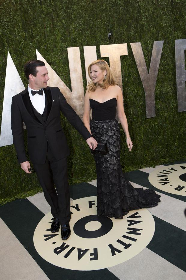 Mad Men star Jon Hamm and Jennifer Westfeldt were the picture of elegance at the Vanity Fair Oscar Party.