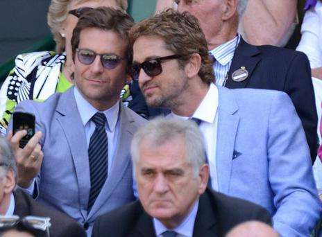 Bradley Cooper and Gerard Butler take the sexiest double selfie ever.