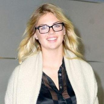 Kate+Upton+Without+Makeup+Photo+2012+02.jpg
