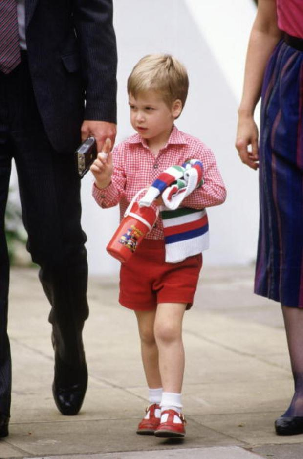Prince William on his first day at nursery school on September 24, 1985. He arrived with Prince Charles and Diana Princess of Wales for his first day at Mrs. Mynor's Nursery school in Notting Hill, London, England.(Photo by David Levenson/Getty Images)