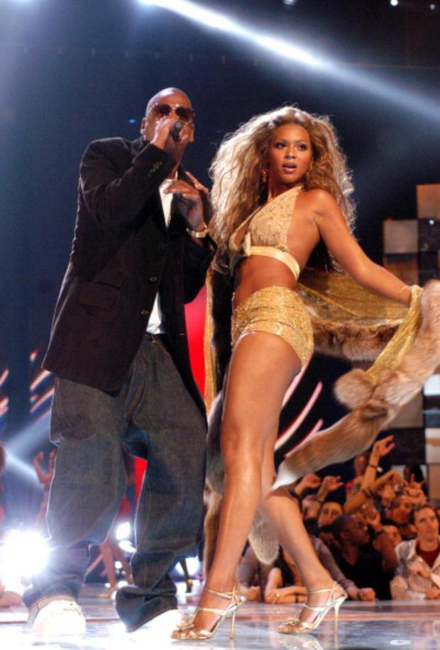 Crazy in Love: Jay-Z and Beyonce Knowles during 2003 MTV Video Music Awards.