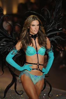Alessandra Ambrosio walks the runway at the 2013 Victorias Secret Fashion Show