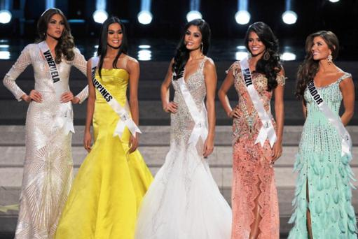 The finalists of the 2013 Miss Universe competition (from L) - Gabriela Isler of Venezuela, Ariella Arida of Philippines, Patricia Yurena Rodriguez of Spain, Jakelyne Oliveira of Brazil and Constanza Baez of Ecuador during final of the competition Miss Universe 2013 in Crocus City Hall in Moscow
