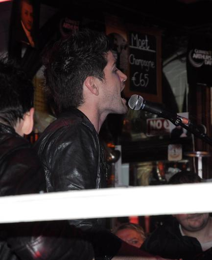 Danny O'Donoghue of The Script performing in Bruxelles pub for a small group of people in September 2011.