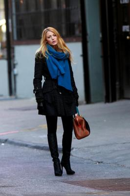 The blonde bombshell channels a very simple black outfit while shooting Gossip Girl.  (Photo by Aby Baker/Getty Images)