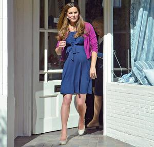 While shopping for nursery items, Kate has nailed the effortless look.