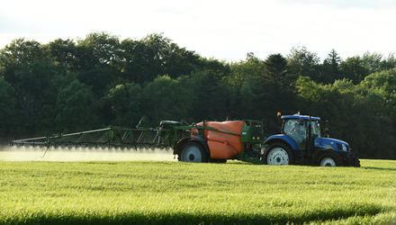 Loss of spray product to the environment through drift, spillages or incorrect sprayer cleaning must be avoided