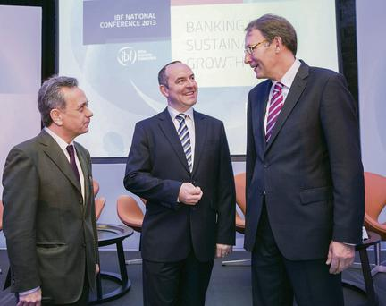 Dr Diego Rodriguez-Palenzuela, Advisor, Directorate Monetary Policy, European Central Bank, Noel Brett, Chief Executive, Irish Banking Federation and Hans van der Noordaa, CEO of ING Retail Banking BeNeLux at the Irish Banking Federation (IBF) National Conference in Dublin yestserday. Naoise Culhane