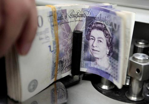 Pound hovering around 90 pence to the euro market after bleak Friday
