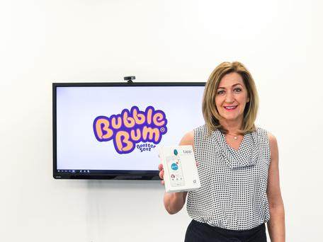 Entrepreneur Grainne Kelly with the thermometer device