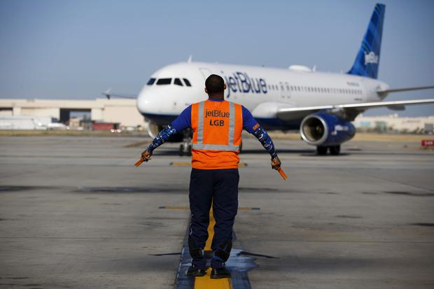 American carrier JetBlue is looking at ordering the long-range Airbus A321LR aircraft. Photo: Bloomberg