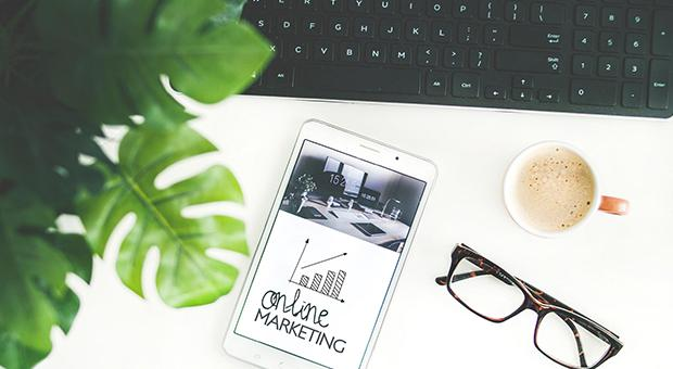 What is a marketing executive and how do I become one