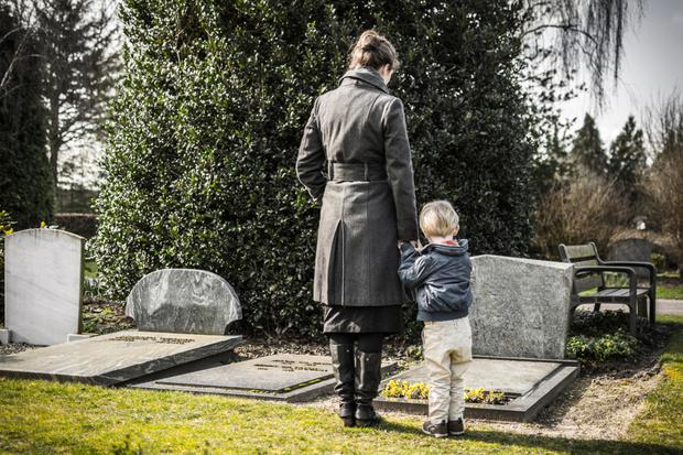 'Does the deceased's share of the family home automatically transfer to the surviving unmarried partner in the event of death?'