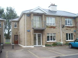 8 Brookgrove, Farmhill, Strandhill Road sold for €92,000 in May, 2014 and again later that year in September for €85,000