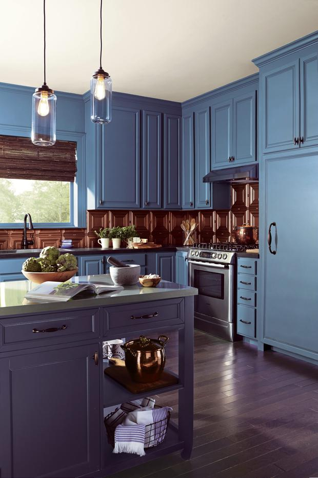 Blue and bronze kitchen paint by Fleetwood