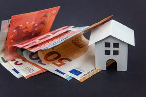 In the three months to March the number of homemortgage accounts in arrears increased by 2,841.