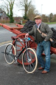 A Power For The Hills: Martin Mannering and his high nelly bike