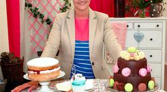 Anna Nolan presents Bake Off