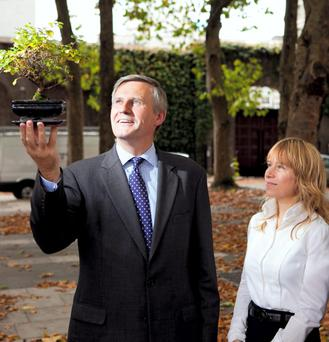 Dublin's Commissioner For Startups, Niamh Bushnell and Accenture country managing director, Alastair Blair.
