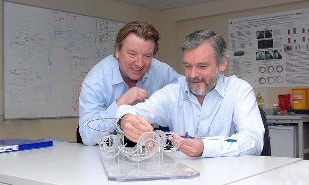 Pictured in the Veryan Medical R&D Centre, Galway were (from left) Chas Taylor (Chief Executive Officer) and Paul Gilson (Chief Scientific Officer). Photo: Yann Studios. Galway.