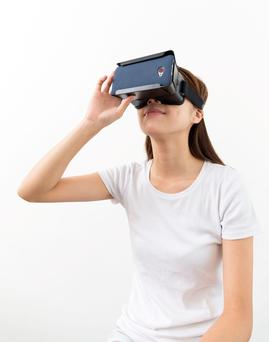 Virtual reality will continue to soar in 2016.