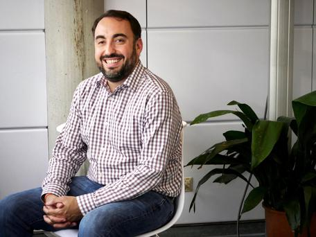 Facebook security chief Alex Stamos, who previously headed a Yahoo team dubbed 'The Paranoids', says password breaches are a big issue