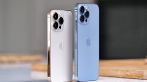 iPhone 13 Pro and iPhone 13 Pro Max. Photo: Adrian Weckler