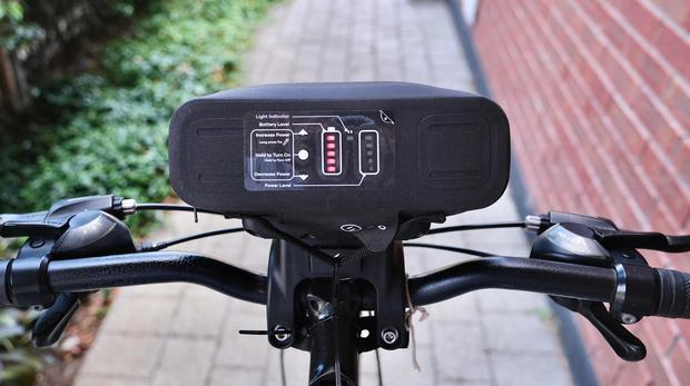 The all-in-one battery and control panel clamps to your handlebars. Photo: Eve Golden