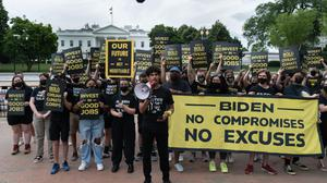 Members of the Sunrise Movement want a 'New Deal' climate corps. Photographer: Shuran Huang/Bloomberg