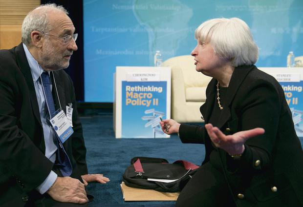 Janet Yellen speaking to Joseph Stiglitz, the Nobel prize-winning economist, during the IMF and World Bank Group meetings in Washington
