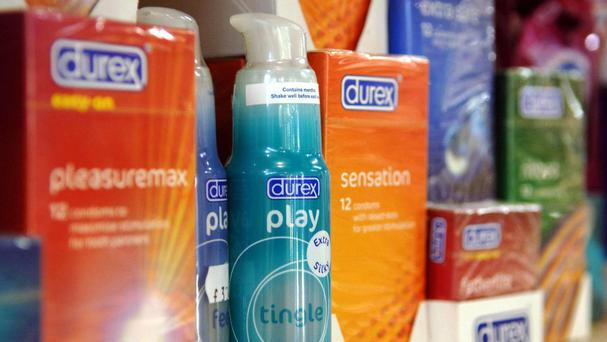 Shares slump after Reckitt Benckiser reports flat annual sales