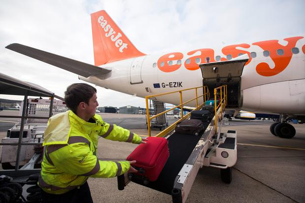 EasyJet cuts growth plan as European economies weigh on fares