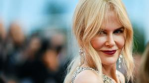 Australian actress Nicole Kidman poses as she arrives for the screening of the film 'The Beguiled'