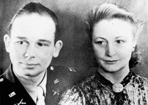 Theodora and Constantine FitzGibbon at their wedding in 1944