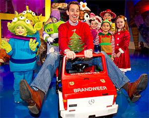 Late Late Show presenter Ryan Tubridy and children pictured at a sneak preview during rehersals on the set of the Late Late Toy